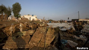 У Пакистані згадують загиблих в авіакатастрофі