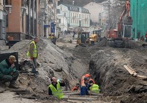 Компанія Ахметова планує завершити демонтаж двох будівель на Андріївському і почати археологічні розкопки