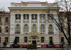 Площа перед судом, де розглядатиметься справа Тимошенко, зайнята учасниками мітингу