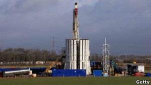 Британські експерти: гідророзрив під час видобутку сланцевого газу можна застосовувати, але під жорстким контролем