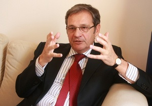 Корреспондент: Порушник спокою. Інтерв'ю з послом ЄС в Україні