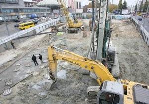 Попов пообіцяв відновити сквер на місці будівництва торгового центру на Либідській площі