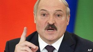 Лукашенко чекає допомоги від Папи