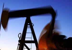 Ціни на нафту в Європі впали нижче за $ 120 за барель