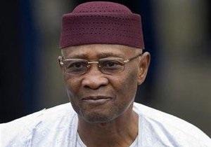 Президент Малі пішов у відставку