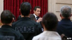 Саркозі закликає телеканали не показувати відео  тулузького стрілка
