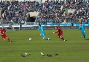 Игрок Зенита раскритиковал газон домашнего стадиона: Пусть агроном выйдет и пасет кур или коз