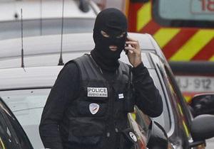 Фотогалерея: Взяли мертвим. Спецназ штурмував квартиру Тулузького стрілка
