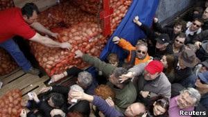Бі-бі-сі: Грецію охопила  картопляна революція
