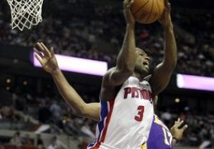 NBA: Лейкерс в овертайме уступили Детройту