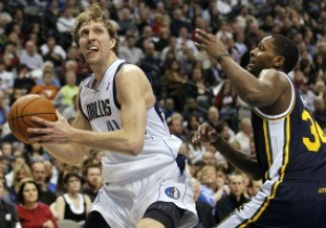 NBA: 40 очков Новицки помогли Далласу обыграть Юту