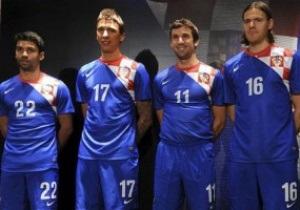 Фотогалерея: Синие в шашечку. Новая гостевая форма сборной Хорватии для Евро-2012