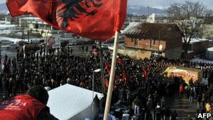 Сербія домовилася з Косовим напередодні розгляду її заявки у ЄС
