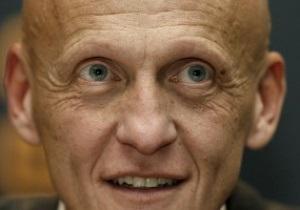 Коллина: Следует набраться терпения и дать украинским арбитрам созреть