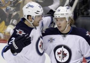 NHL: Чикаго и Виннипег уверенно разбираются со своими соперниками