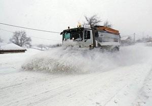 Шведський водій понад два місяці просидів у заваленій снігом машині