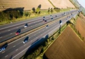 Польша не сдаст две важных автодороги до Евро-2012
