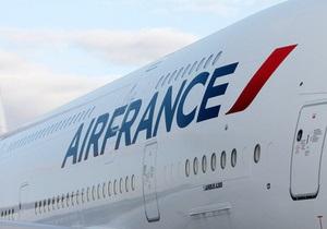 Из-за забастовки Air France отменяет десятки рейсов