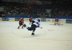 Определились команды, которые разыграют медали хоккейного первенства Украины