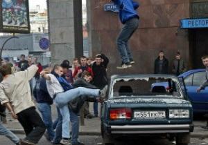 Москва не будет организовывать фан-зоны во время Евро-2012 из-за угрозы беспорядков