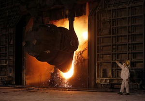 У жовтні Україна виплавила більше трьох мільйонів тонн сталі, посівши дев яте місце у світі
