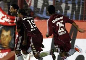 В матче чемпионата Бразилии команды на двоих забили девять мячей