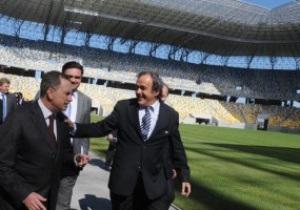 Платини похвалил Украину и Польшу за подготовку к Евро-2012
