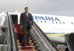 Янукович не зміг вилетіти до Польщі через негоду