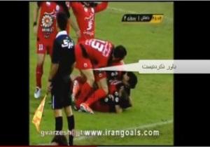 Иранских футболистов дисквалифицировали за аморальное празднование голов
