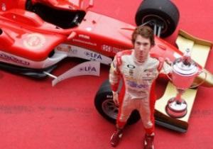 Чемпион Формулы-2 посвятил победу погибшим гонщикам Уэлдону и Симончелли