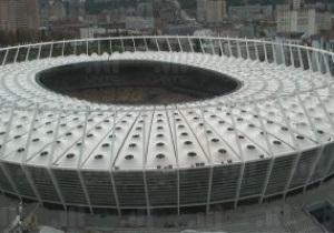 НСК Олимпийский полностью укрыт мембранной крышей