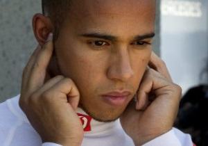 Пилоты Формулы-1 недовольны стилем вождения Хэмилтона