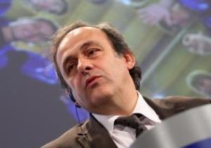 Делегация УЕФА во главе с Платини прибывает в Украину