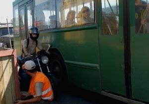 У Києві призупинено рух тролейбуса за маршрутом № 43