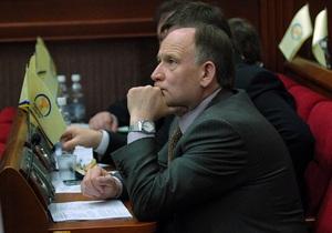 Київські депутати планують знизити ціни на ритуальні послуги та заборонити будівництво на Пирогова