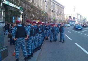 У міліції пояснили, за що затримали організаторів фан-ярмарку на Майдані