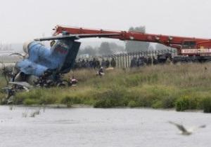 На місці катастрофи літака з хокеїстами Локомотива встановили пам ятний хрест