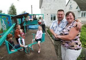 Корреспондент: Сімейна справа. Дитячі будинки сімейного типу витісняють школи-інтернати