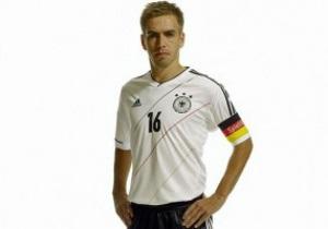 В игре с Украиной сборная Германии презентует свою форму для Евро-2012