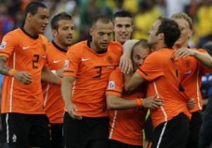 Голландия возглавила рейтинг FIFA, Украина продолжает падение