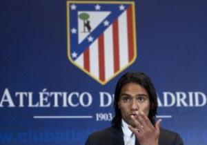 Фотогалерея: Фалькао в Мадриде. Атлетико представил звезду Лиги Европы