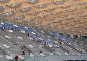 На НСК Олимпийский началась установка сидений верхнего яруса трибун