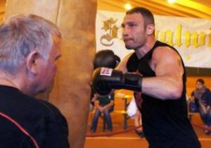 Фотогалерея: Первые шаги. Виталий Кличко начал подготовку к бою с Томашем Адамеком
