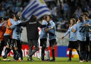 Уругвай стал первым финалистом Кубка Америки