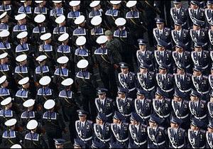Президент Янукович наказав утриматися від параду на День Незалежності
