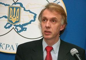 Екс-глава МЗС вважає помилкою відмову від вступу в НАТО
