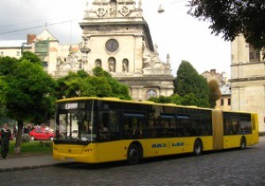 За 55 минут. Автобусы и метро свяжут аэропорт Борисполь и НСК Олимпийский