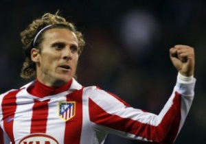 Форлан намерен оставаться в Атлетико до окончания контракта