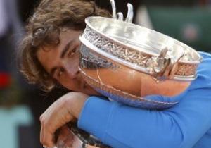 Надаль одолел Федерера в финале Roland Garros-2011