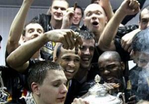 Будивельник вырвал чемпионство в Донецке